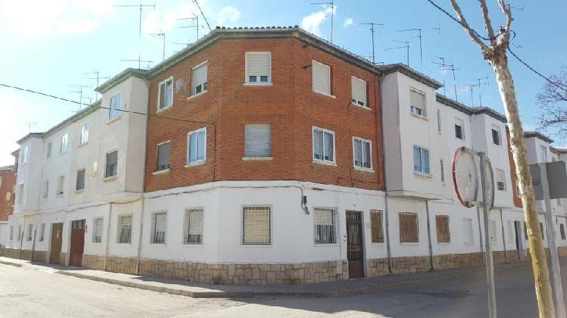Piso en venta en La Roda, Albacete, Avenida Juan Ramon Ramirez, 49.584 €, 3 habitaciones, 1 baño, 100 m2