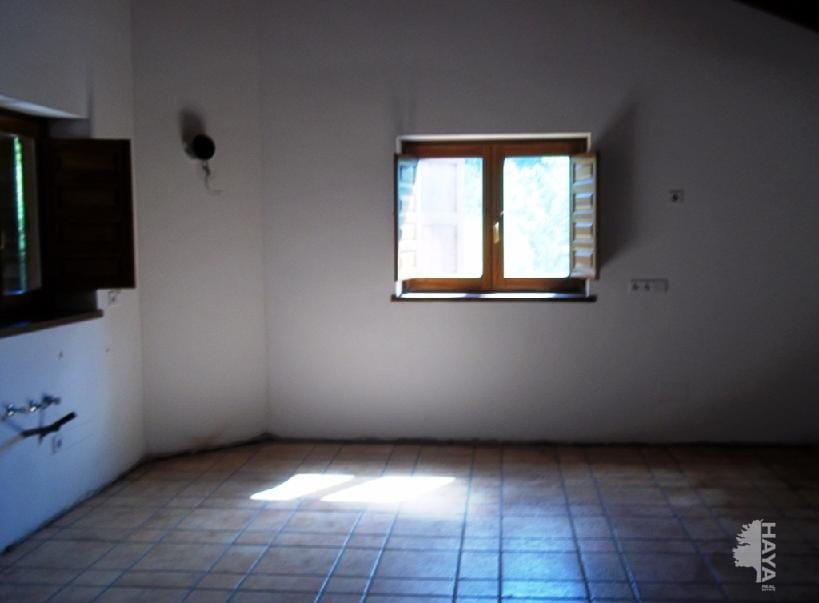 Casa en venta en Casa en Bellver de Cerdanya, Lleida, 751.429 €, 4 habitaciones, 3 baños, 354 m2