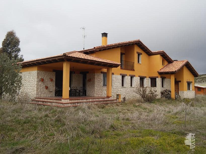 Casa en venta en Mata de Cuéllar, Segovia, Camino los Guindos, 234.020 €, 4 habitaciones, 2 baños, 212 m2