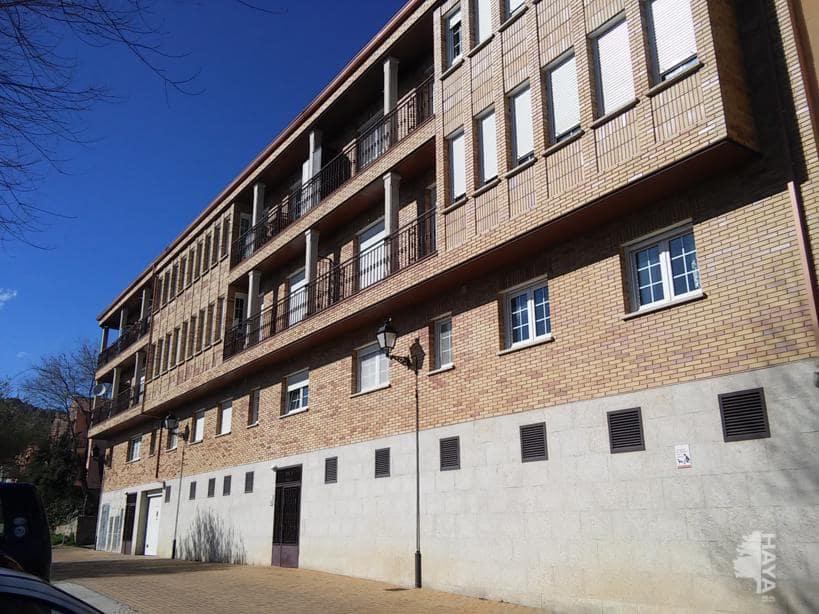 Piso en venta en Manzanares El Real, Madrid, Calle del Rio, 134.000 €, 3 habitaciones, 2 baños, 131 m2
