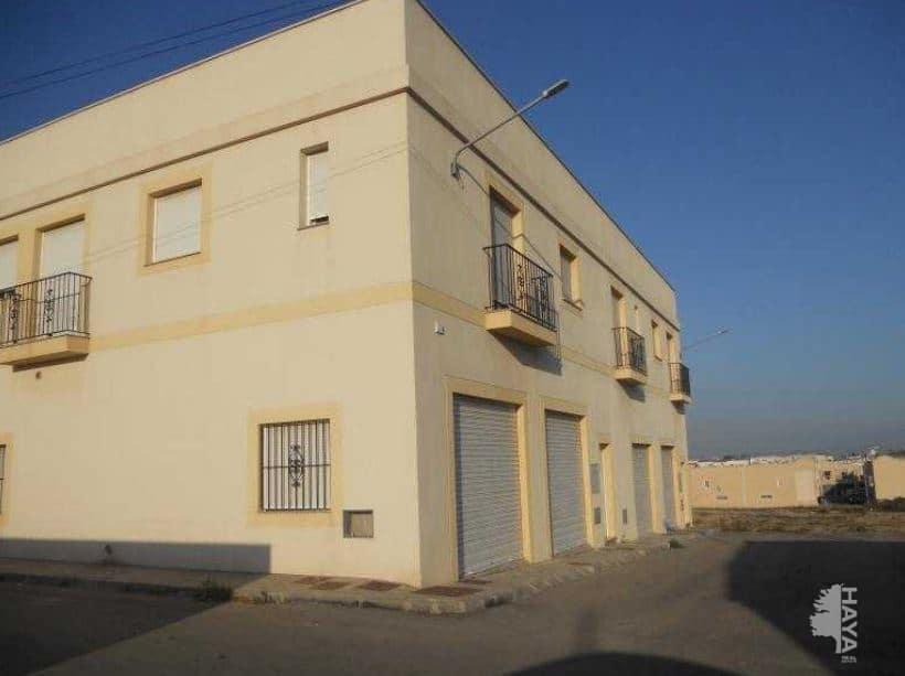 Casa en venta en Níjar, Almería, Calle Lisboa, 79.500 €, 3 habitaciones, 2 baños, 209 m2