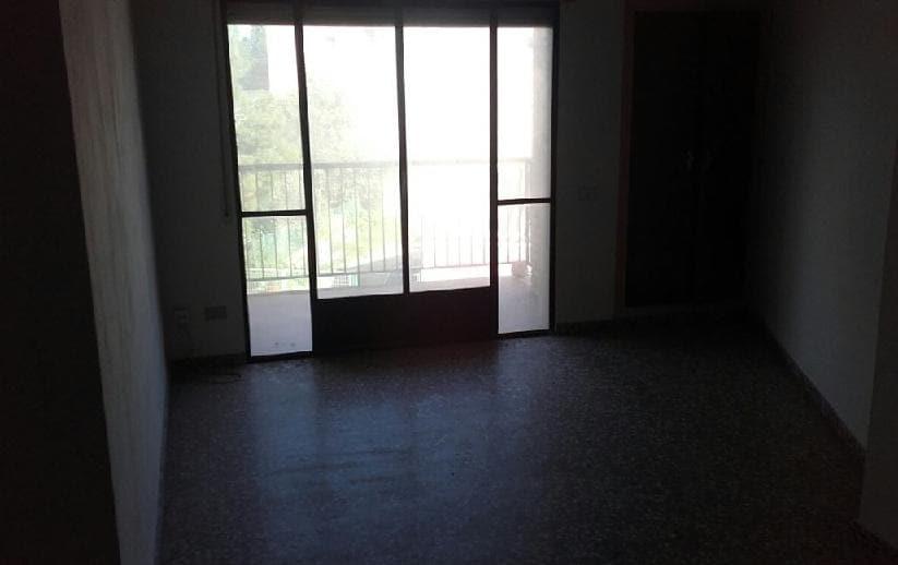 Piso en venta en Piso en San Javier, Murcia, 90.000 €, 4 habitaciones, 1 baño, 124 m2
