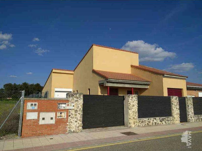 Casa en venta en Urbanización El Soto, Aldeamayor de San Martín, Valladolid, Calle Rio Esla, 147.300 €, 3 habitaciones, 2 baños, 161 m2