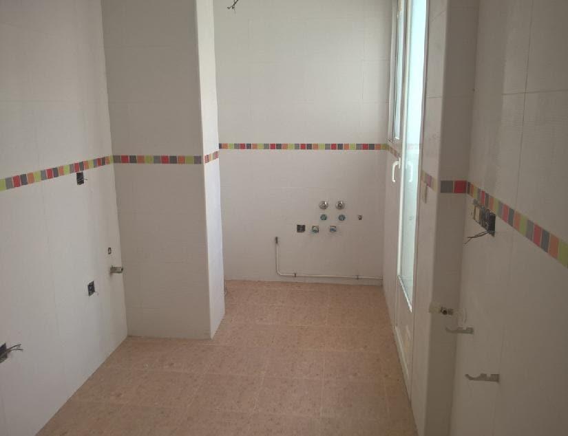 Piso en venta en La Roda, Albacete, Calle Puerta de la Villa, 1.221.300 €, 2 habitaciones, 1 baño, 1511 m2