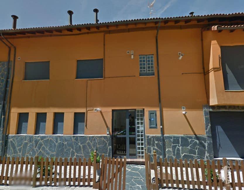 Piso en venta en Puebla de Lillo, Puebla de Lillo, León, Carretera Puerto de Tarna, 33.583 €, 1 habitación, 1 baño, 47 m2