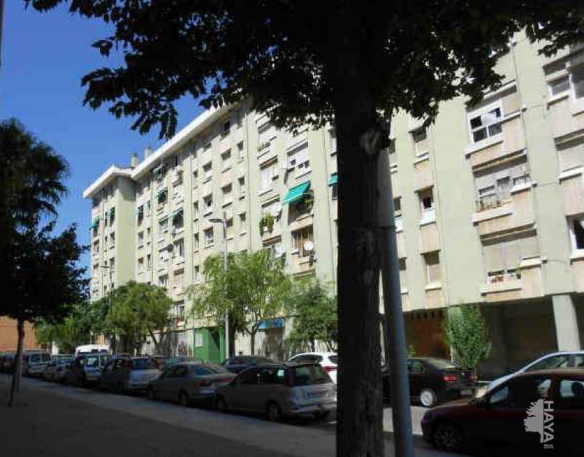 Piso en venta en Tarragona, Tarragona, Calle Riu Llobregat, 54.200 €, 4 habitaciones, 2 baños, 90 m2