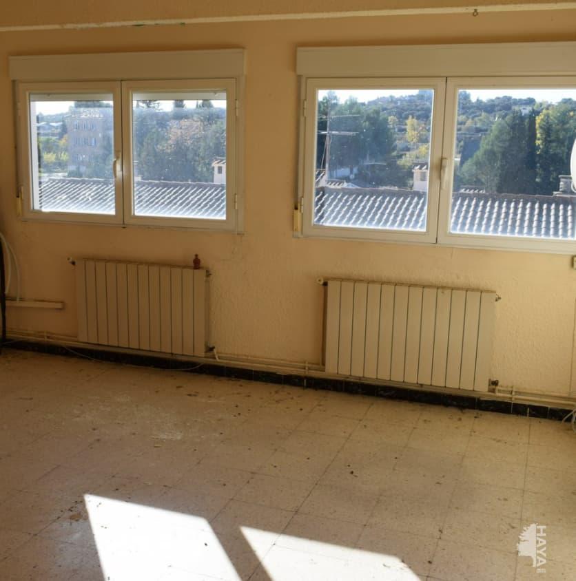 Piso en venta en Piso en Barbastro, Huesca, 54.000 €, 3 habitaciones, 1 baño, 104 m2
