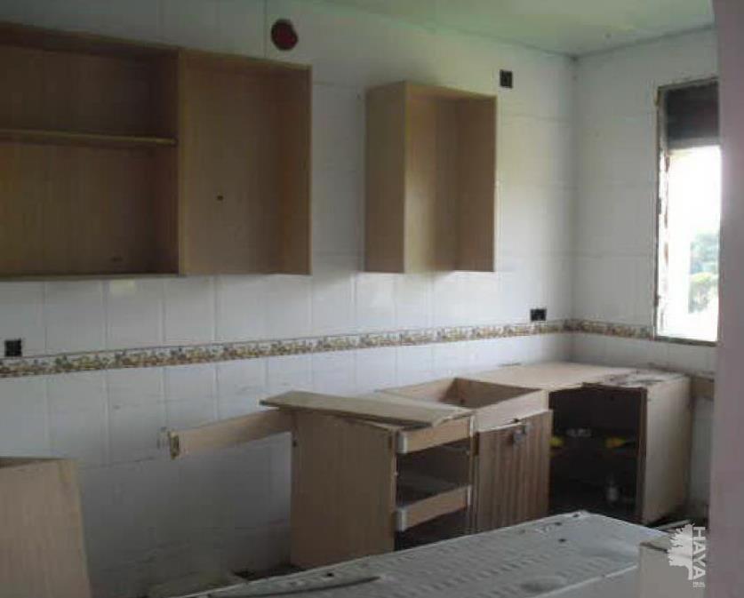 Casa en venta en Aiguaviva Parc, Vidreres, Girona, Calle Avellaner, 157.200 €, 4 habitaciones, 1 baño, 252 m2