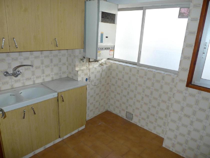 Piso en venta en Igualada, Barcelona, Calle Pere Dalmases, 39.612 €, 3 habitaciones, 1 baño, 58 m2