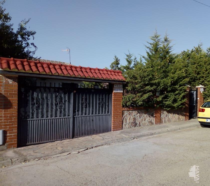 Casa en venta en Valle de San Juan-los Vallejos, Colmenar de Oreja, Madrid, Calle Dinamarca, 122.600 €, 3 habitaciones, 1 baño, 113 m2