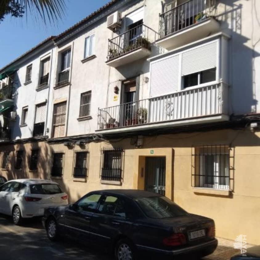 Piso en venta en Cruz de Humilladero, Málaga, Málaga, Avenida Andalucia, 110.700 €, 3 habitaciones, 1 baño, 67 m2