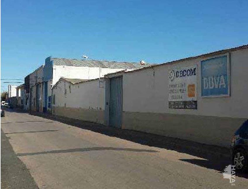 Industrial en venta en Tomelloso, Ciudad Real, Calle Hernan Cortes, 128.500 €, 1553 m2