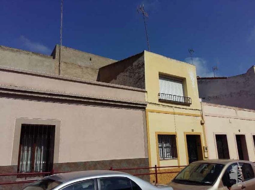 Casa en venta en Montijo, Badajoz, Calle Perez Galdos, 140.400 €, 7 habitaciones, 2 baños, 316 m2