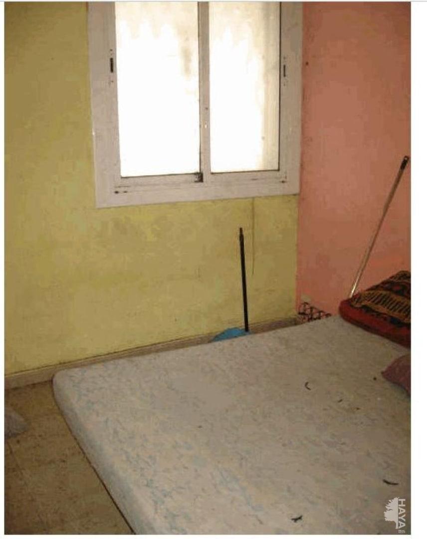 Piso en venta en La Torrassa, L` Hospitalet de Llobregat, Barcelona, Calle Holanda, 81.081 €, 2 habitaciones, 1 baño, 65 m2