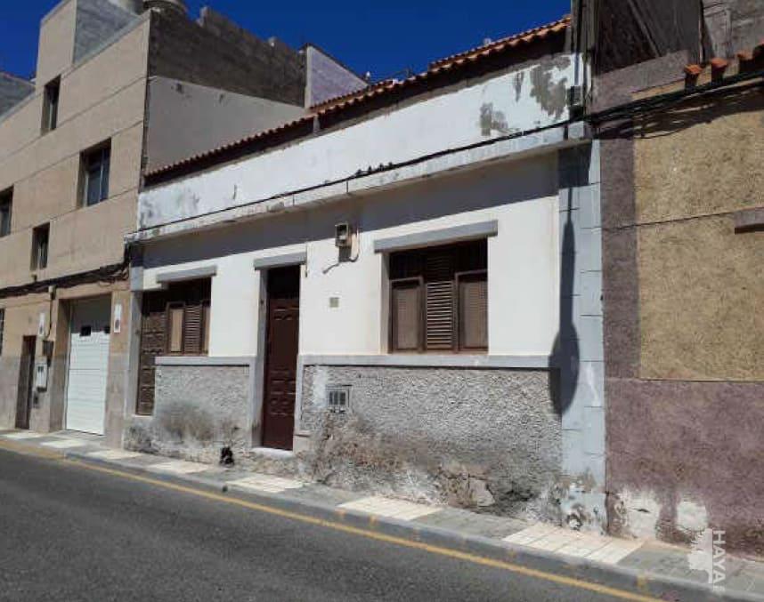 Casa en venta en Carrizal, Ingenio, Las Palmas, Calle Italia, 122.029 €, 6 habitaciones, 2 baños, 241 m2