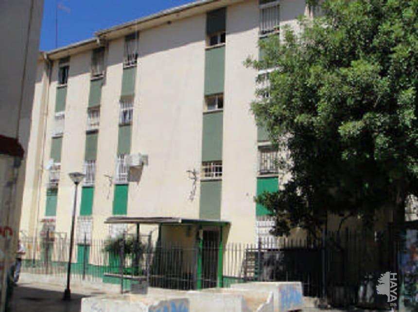 Piso en venta en Sevilla, Sevilla, Calle Luis Ortiz Muñoz, 16.680 €, 3 habitaciones, 1 baño, 72 m2