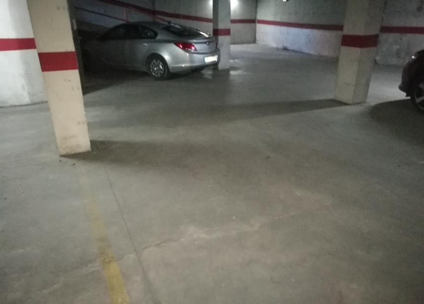 Parking en venta en Príncep de Viana - Clot, Lleida, Lleida, Calle Enric Pubill, 16.000 €, 24 m2