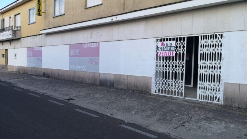 Local en venta en Colonia de la Estación, Fuentes de Oñoro, Salamanca, Plaza Mayor, 95.000 €, 300 m2