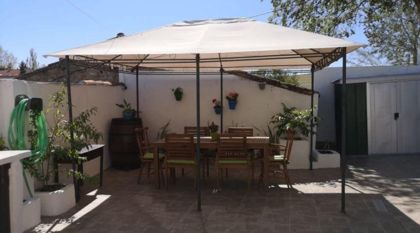 Casa en venta en La Matilla, Beleña, Salamanca, Calle Relatores, 64.000 €, 2 habitaciones, 1 baño, 130 m2