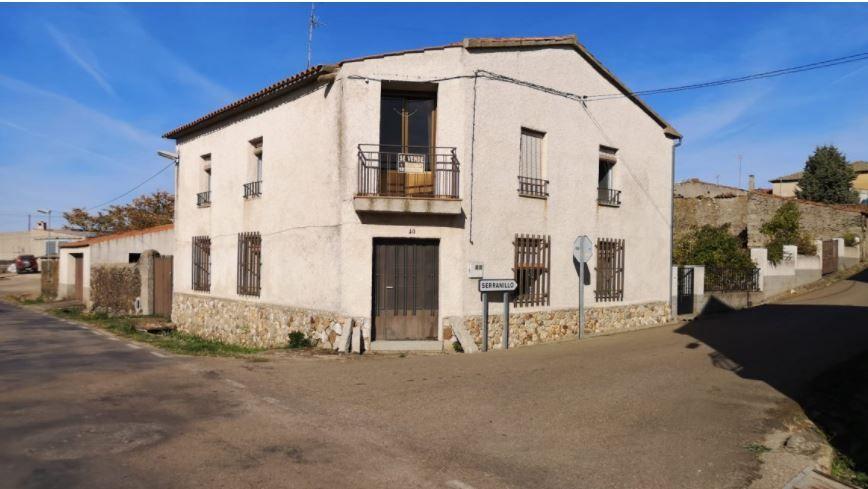 Casa en venta en Barquilla, Villar de la Yegua, Salamanca, Calle Somatén, 78.000 €, 6 habitaciones, 3 baños, 300 m2