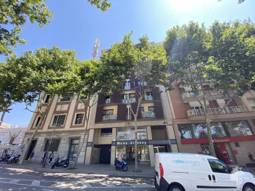 Piso en venta en Coll I Pujol, Badalona, Barcelona, Avenida Marti Pujol, 434.700 €, 1 baño