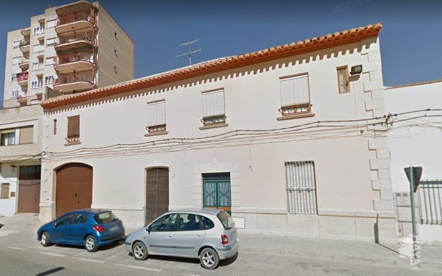 Casa en venta en Casa en Villarrobledo, Albacete, 80.100 €, 4 habitaciones, 1 baño, 207 m2