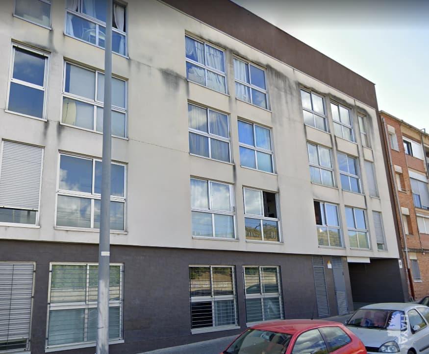 Piso en venta en Terrassa, Barcelona, Pasaje Vint-i-dos de Juliol, 81.000 €, 2 habitaciones, 1 baño, 67 m2