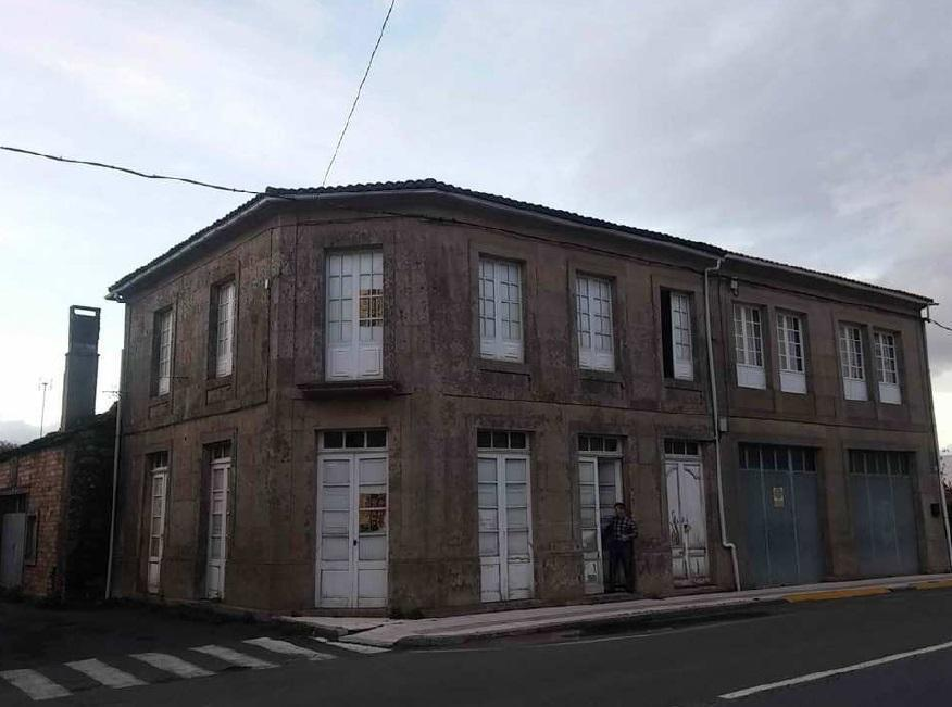 Casa en venta en Silleda, Pontevedra, Calle Ramon de Valenzuela, 75.000 €, 6 habitaciones, 2 baños, 216 m2