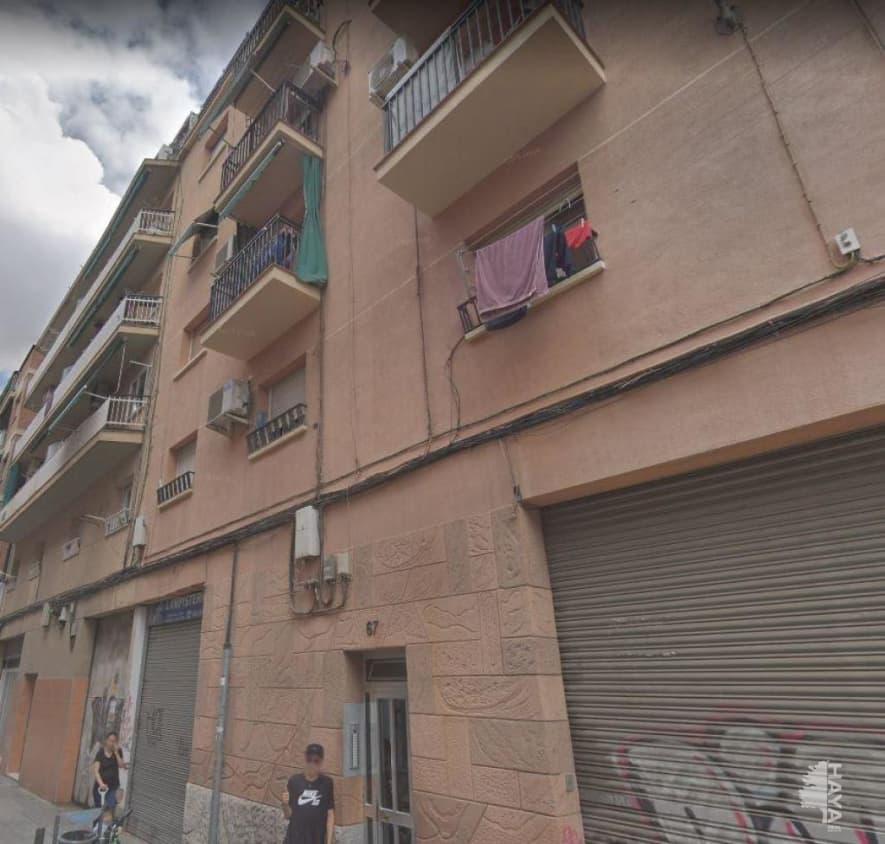 Piso en venta en Santa Eulàlia, L` Hospitalet de Llobregat, Barcelona, Calle General Prim, 59.400 €, 3 habitaciones, 1 baño, 60 m2