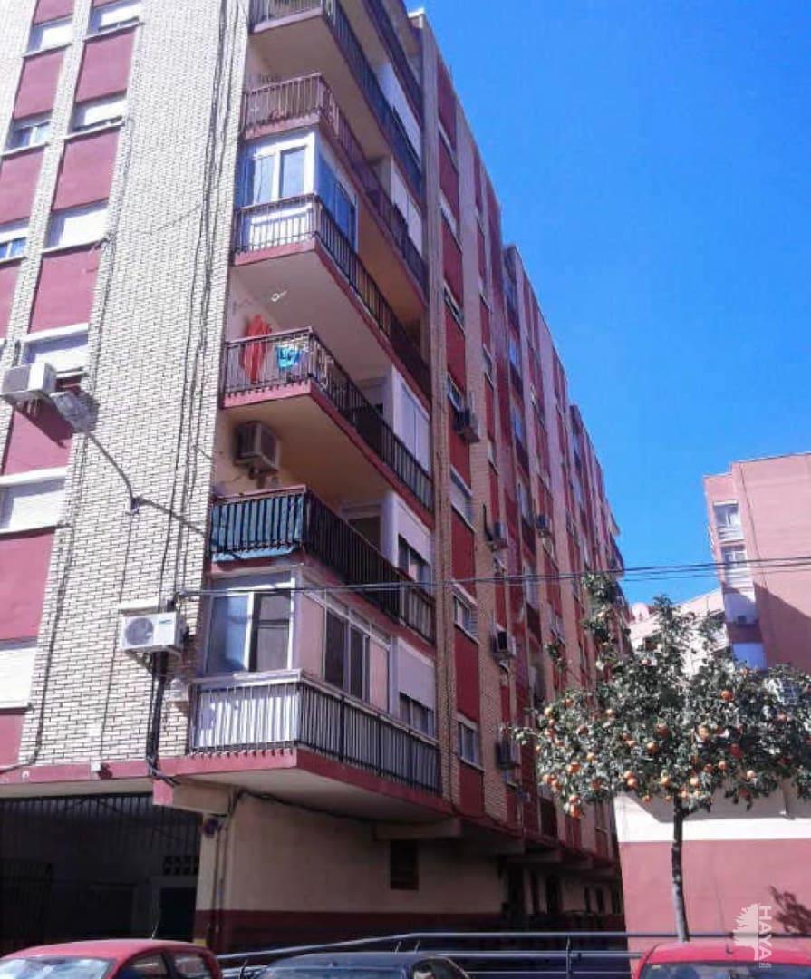 Piso en venta en Valencia, Valencia, Calle Pintor Dubon, 53.900 €, 3 habitaciones, 1 baño, 75 m2