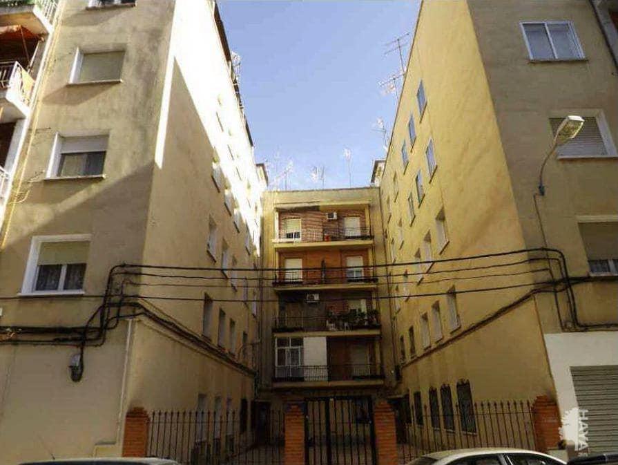 Piso en venta en Feria, Albacete, Albacete, Calle Doctor Ferran, 46.000 €, 2 habitaciones, 1 baño, 79 m2