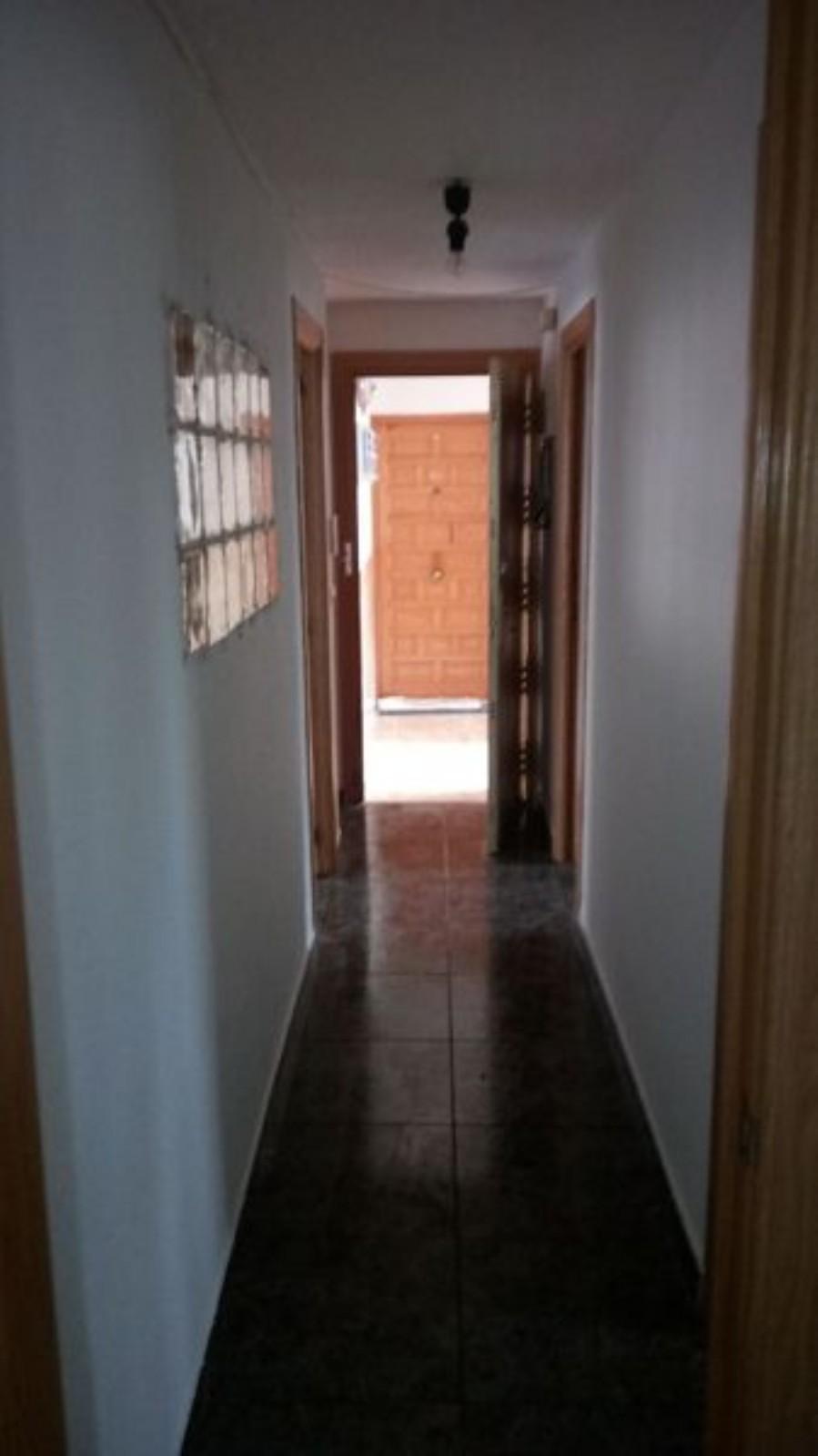 Piso en venta en Piso en Azuqueca de Henares, Guadalajara, 70.000 €, 3 habitaciones, 2 baños, 77 m2