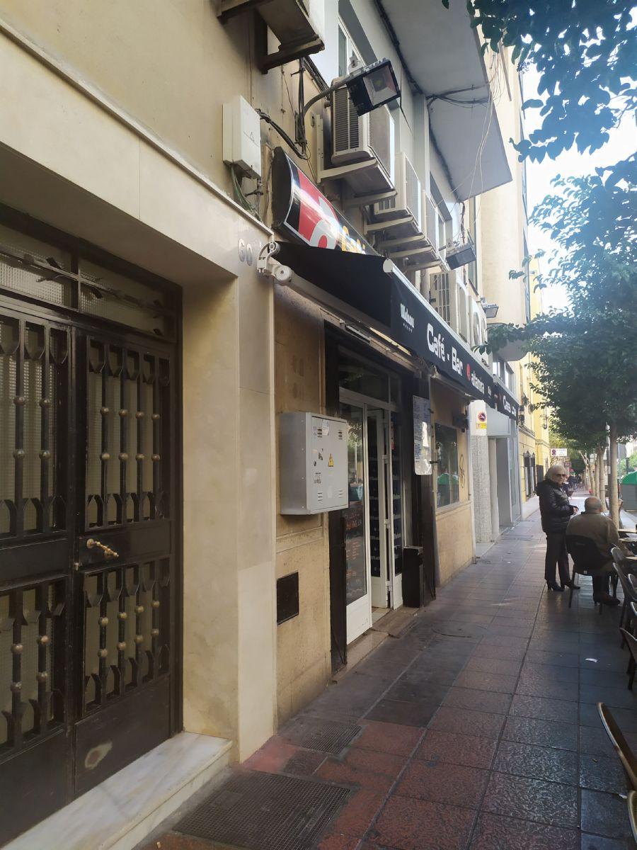 Piso en venta en 39999, Almería, Almería, Calle Altamira, 89.999 €, 3 habitaciones, 1 baño, 89 m2