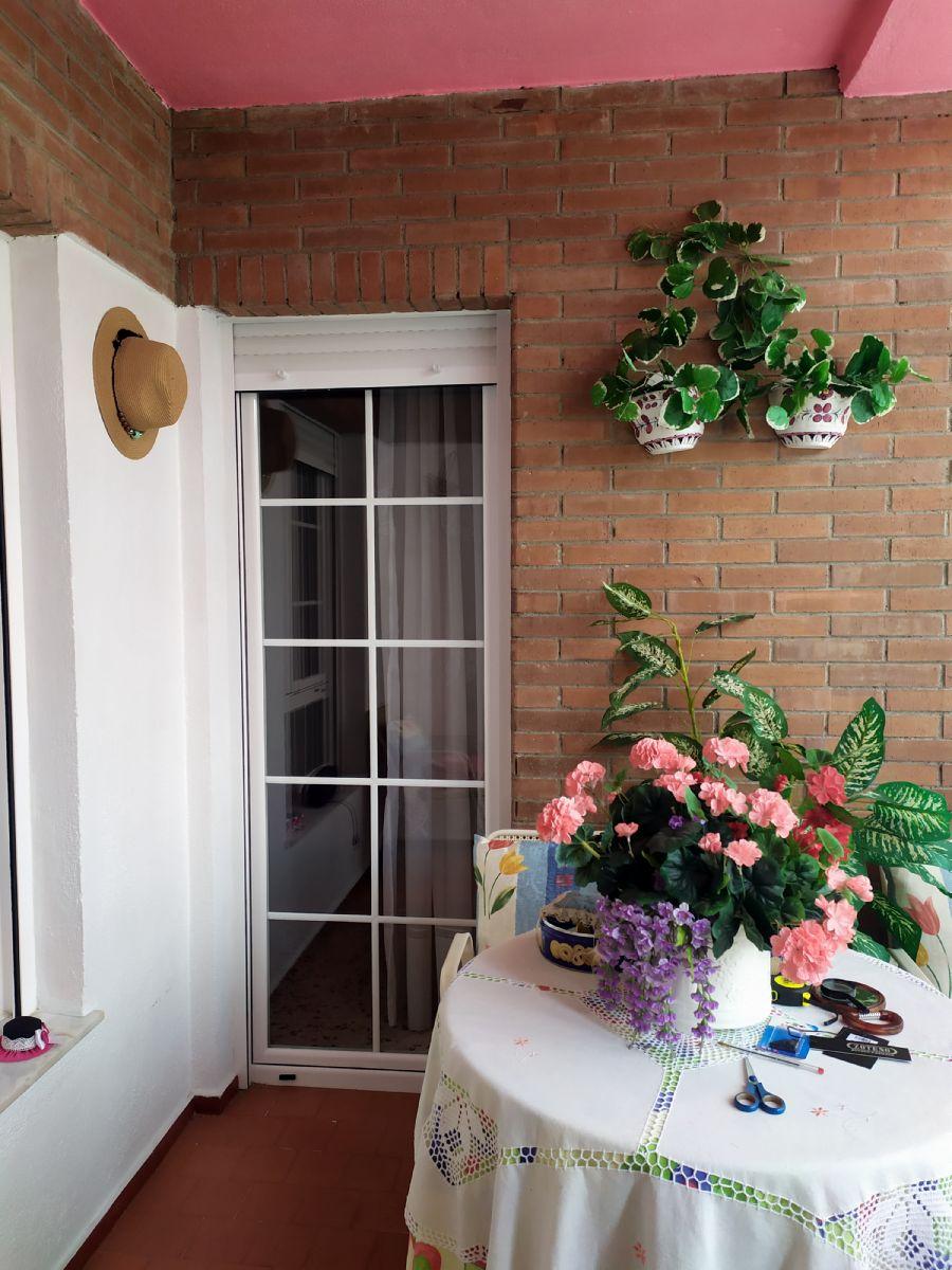Piso en venta en Almería, Almería, Calle Calle Granada, 108.000 €, 4 habitaciones, 2 baños, 114 m2