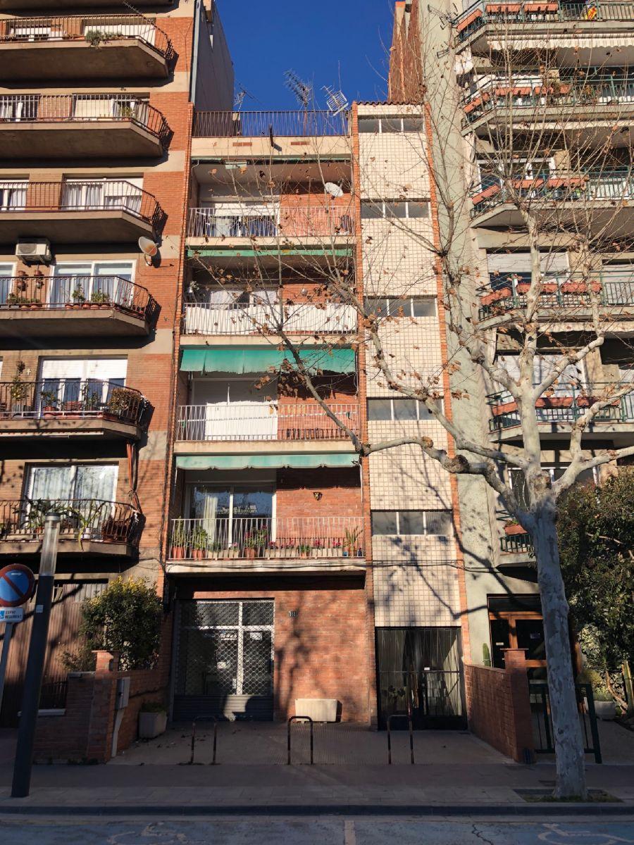 Piso en venta en Igualada, Barcelona, Paseo Verdaguer, 71.146 €, 5 habitaciones, 1 baño, 123 m2