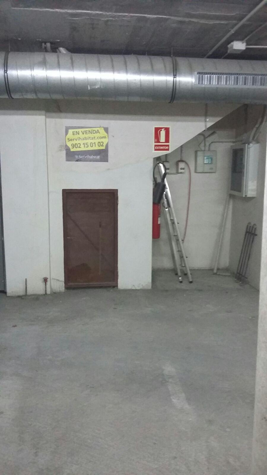Parking en venta en Breda, Girona, Calle Santa Anna, 22.426 €, 35 m2
