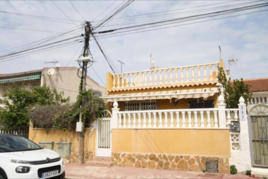 Casa en venta en La Mata, Torrevieja, Alicante, Calle Amapolas, 62.200 €, 2 habitaciones, 1 baño, 43 m2