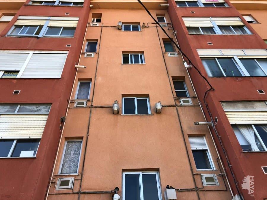Piso en venta en Barrio de Piebandera, los Corrales de Buelna, Cantabria, Calle Castilla, 51.000 €, 3 habitaciones, 1 baño, 66 m2