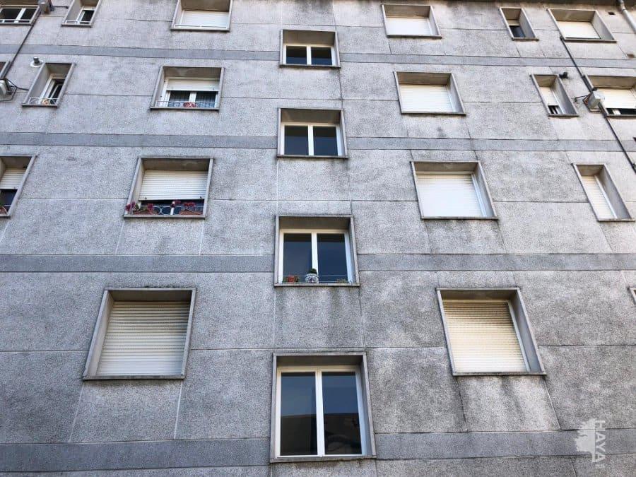 Piso en venta en Grupo Juan Xxiii, los Corrales de Buelna, Cantabria, Calle Torres Quevedo, 59.000 €, 3 habitaciones, 1 baño, 84 m2