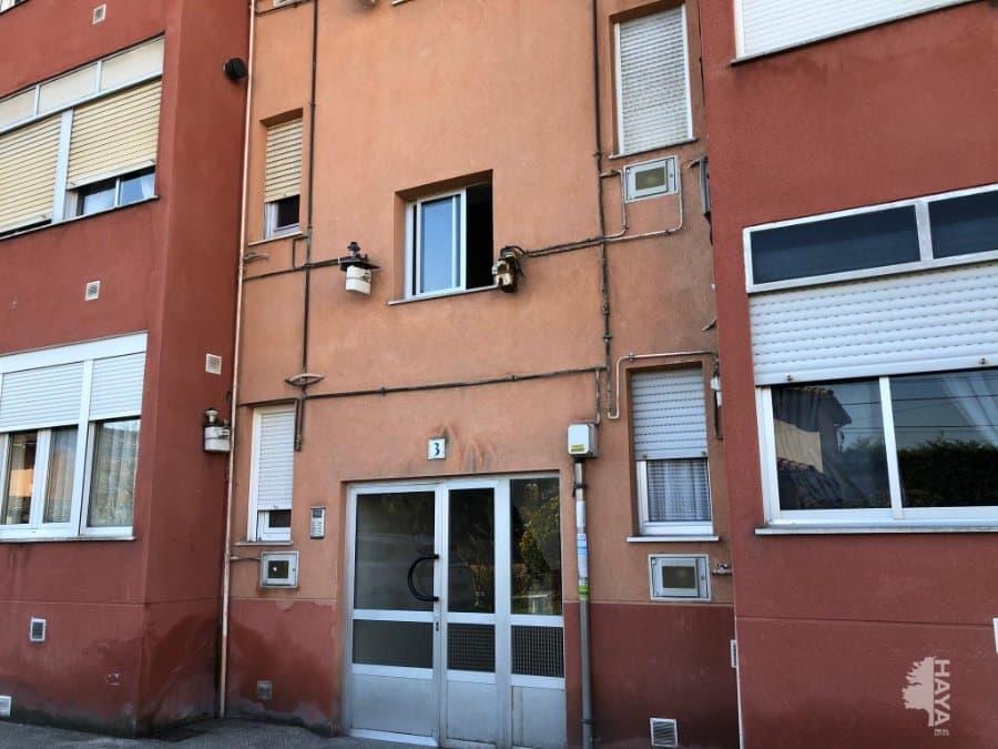 Piso en venta en Barrio de Piebandera, los Corrales de Buelna, Cantabria, Calle Castilla, 49.000 €, 3 habitaciones, 1 baño, 63 m2