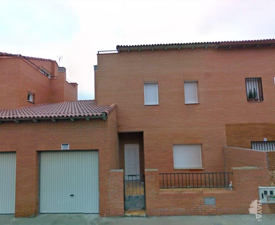 Casa en venta en Chozas de Canales, Toledo, Calle Segovia, 111.996 €, 3 habitaciones, 1 baño, 178 m2
