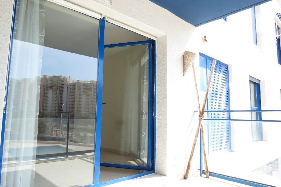 Piso en venta en La Villajoyosa/vila, Alicante, Calle Llevant, 114.900 €, 1 habitación, 2 baños, 75 m2