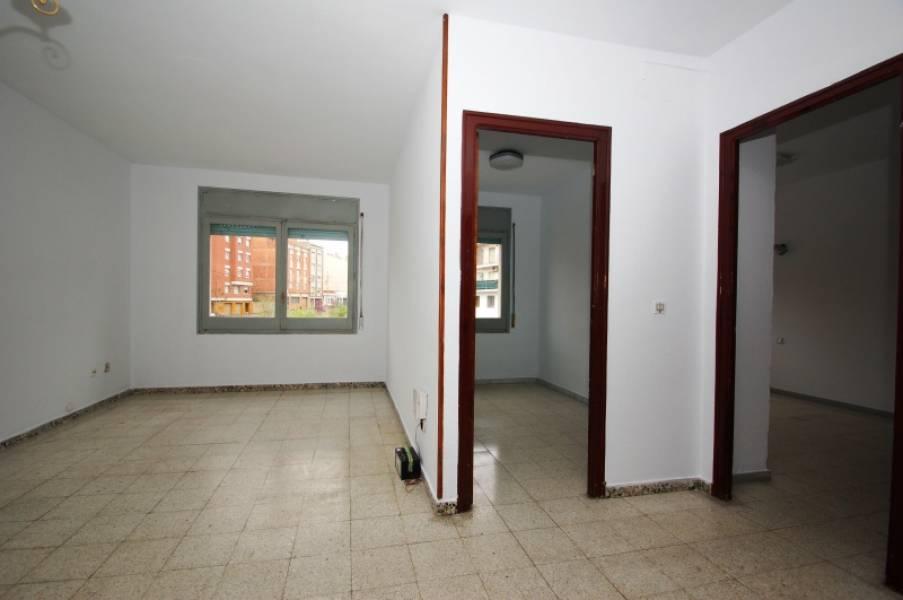 Piso en venta en Igualada, Barcelona, Avenida Pau Casals, 75.000 €, 4 habitaciones, 1 baño, 85 m2