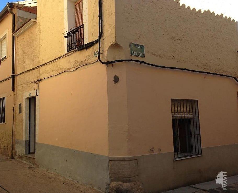 Piso en venta en Caudete, Albacete, Callejón de la Campanas, 81.191 €, 6 habitaciones, 4 baños, 114 m2