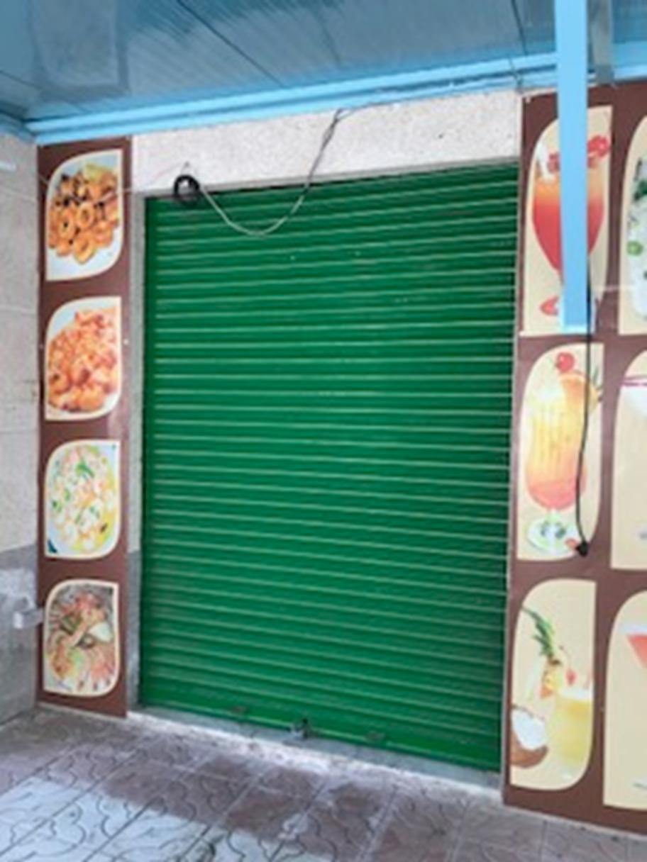 Local en venta en La Pineda, Vila-seca, Tarragona, Paseo Pau Casals, 265.000 €, 113 m2