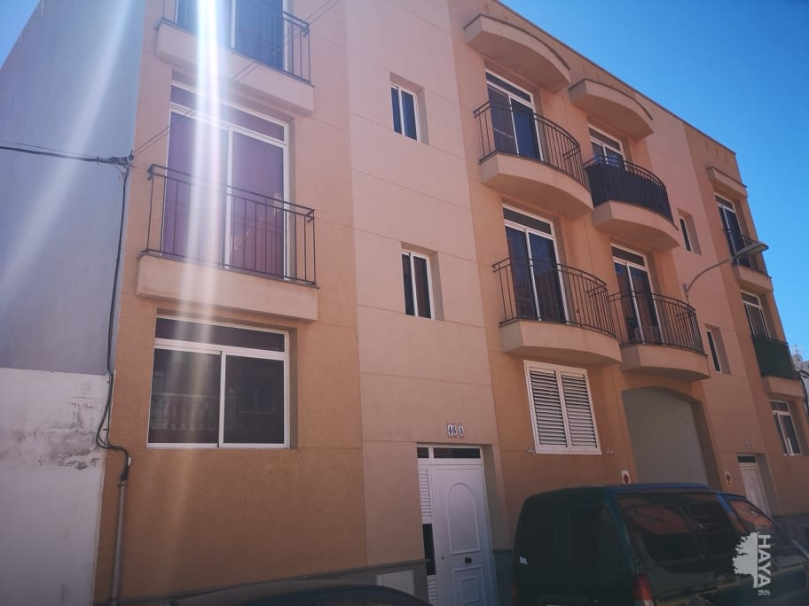 Piso en venta en El Carrión, Ingenio, Las Palmas, Calle Rutindana, 90.832 €, 3 habitaciones, 1 baño, 85 m2