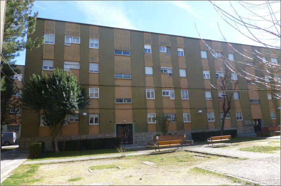 Piso en venta en San José, Salamanca, Salamanca, Calle Maestro Cabezon, 73.270 €, 3 habitaciones, 1 baño, 76 m2