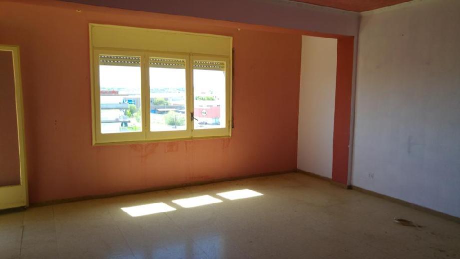 Piso en venta en Figueres, Girona, Calle Peixos, 87.003 €, 4 habitaciones, 1 baño, 129 m2