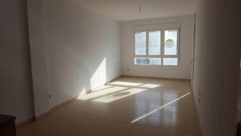 Piso en venta en Caudete, Albacete, Avenida Valencia, 65.000 €, 3 habitaciones, 2 baños, 97 m2