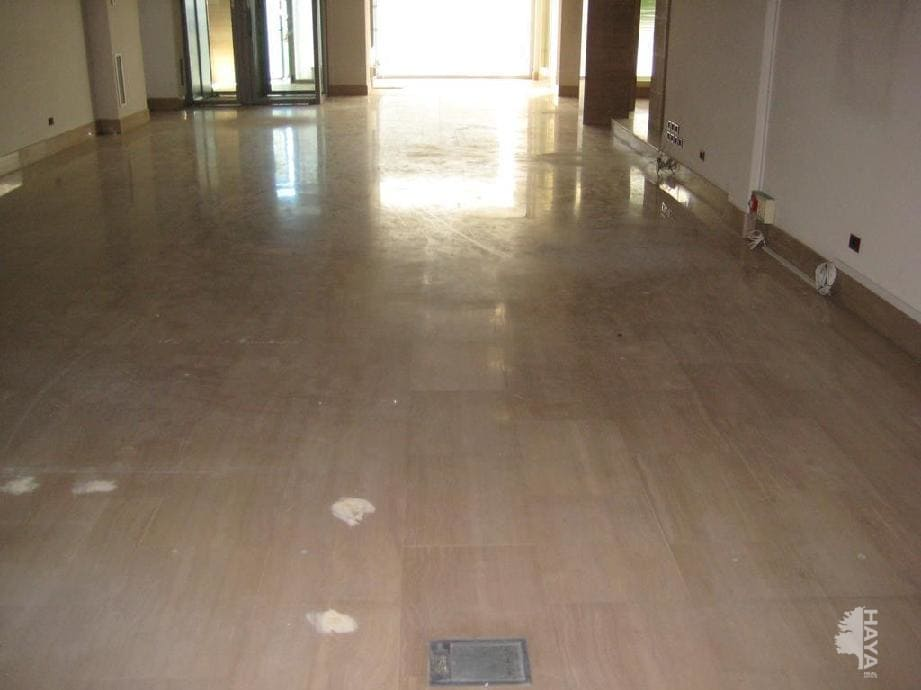 Local en venta en Local en Logroño, La Rioja, 257.179 €, 313 m2